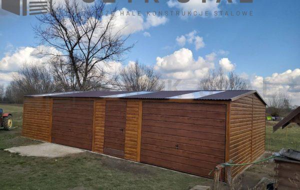 Garaż drewnopodobny – ciemny orzech + złoty dąb + świetliki