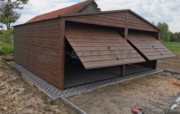 Garaż 6 x 5,80m ciemny orzech, 2x brama uchylna, blachodachówka